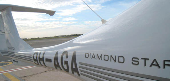Aerodynamic and all ready for the next learner pilot: the DA40 of Diamond Flight Training