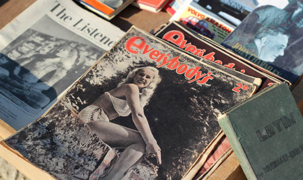 Vintage magazines & books, Birgu Flea market