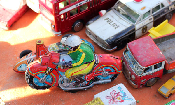 Vintage tin ttoys at Birgu flea market