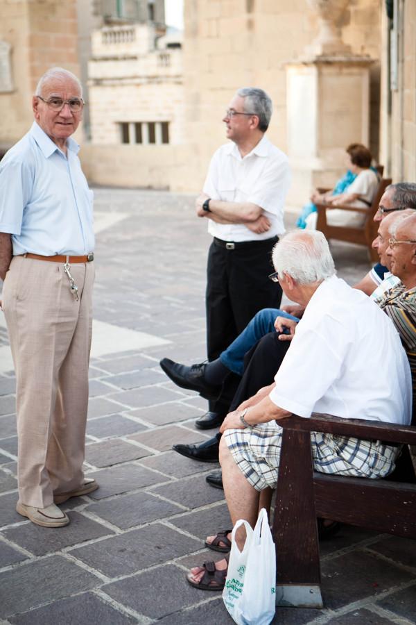 Seniors in a Maltese pjazza