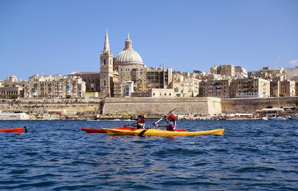 Kayaking in Malta's harbours: paddling through history
